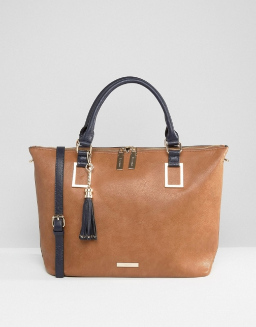 Dune Holdall With Tassel Detail Bag