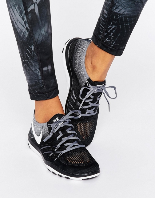 Nike Training Air Zoom Strong Trainer