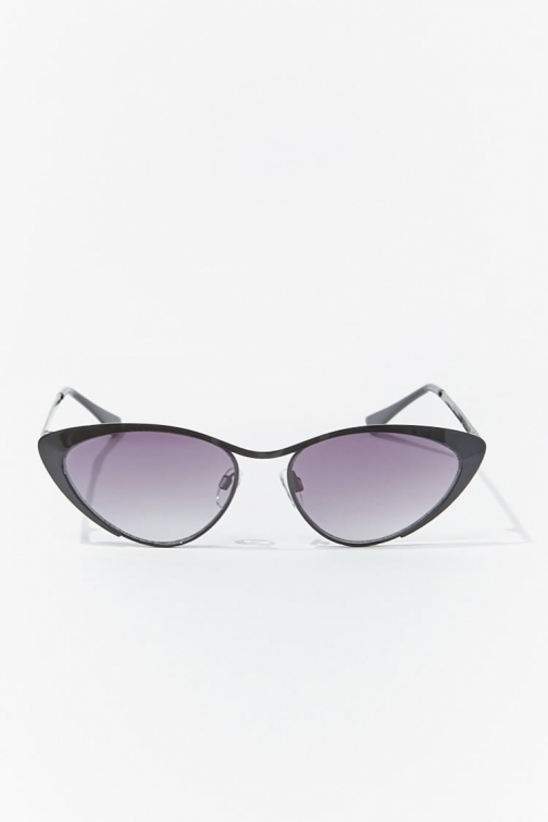 Forever21 Forever 21 Premium Cat-Eye , Black/black Sunglasses