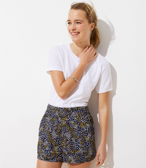 Loft Dotted Crepe Pull On Short