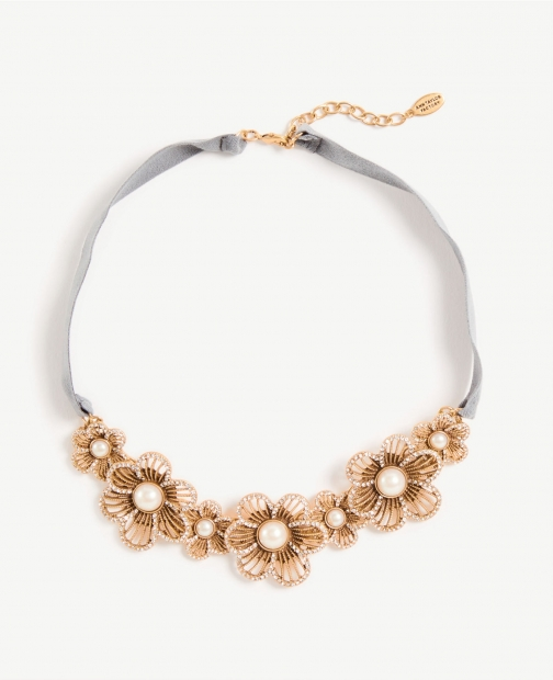 Ann Taylor Pearlized Floral Fabric Statement Necklace