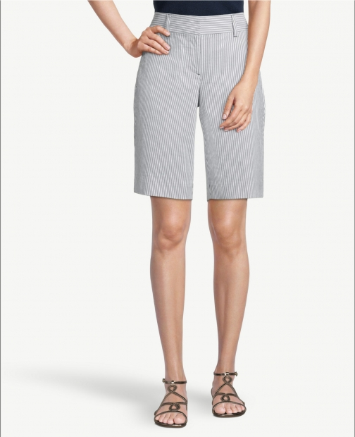 Ann Taylor Factory Seersucker With 10 Inch Inseam Short