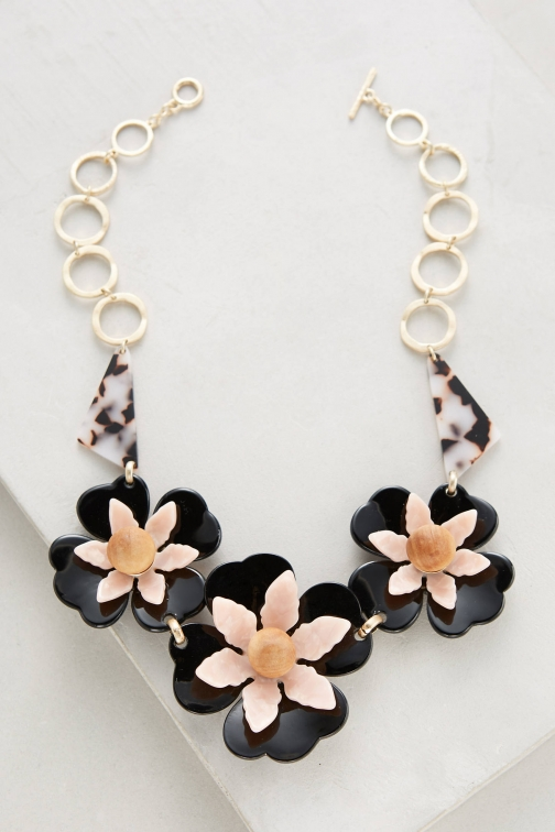 Anthropologie Collier Fleur Bib Necklace
