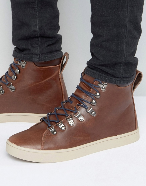 D-struct Hiking Boot