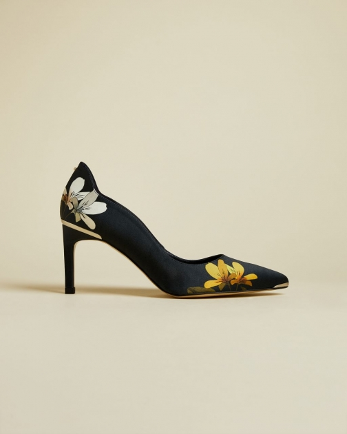 Ted Baker Savanna Pointed Court
