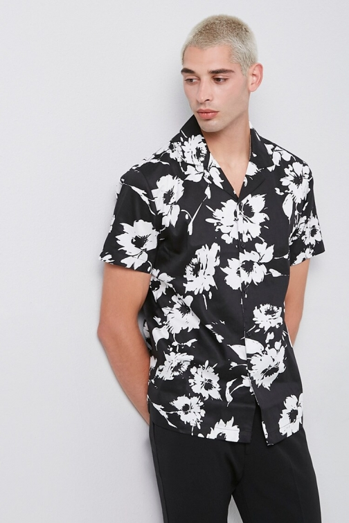 21 Men Classic Fit Floral At Forever 21 , Black/white Shirt