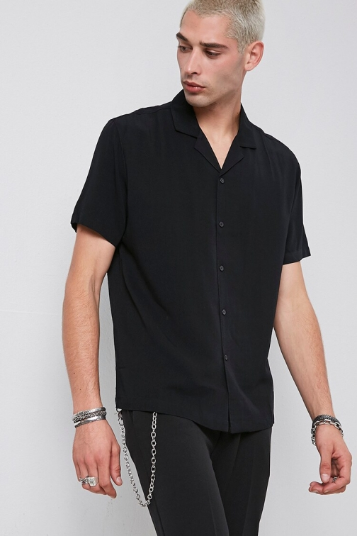 21 Men Classic Fit Short Sleeve At Forever 21 , Black Shirt