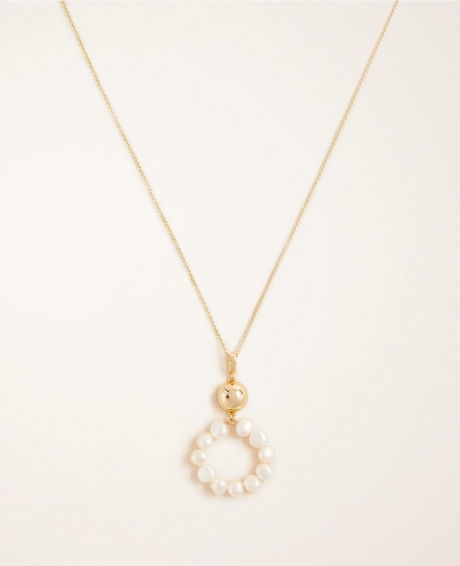 Ann Taylor Pearlized Circle Pendant Necklace