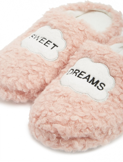 Forever21 Forever 21 Sweet Dreams Graphic Pink Slippers