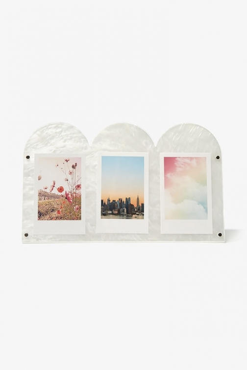 Forever21 Forever 21 Photo Display , White Case